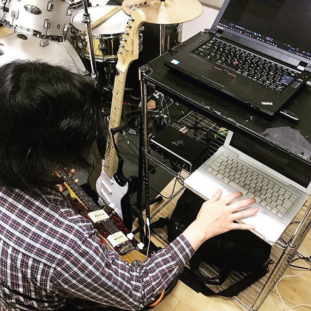 """いよいよ明日はライブ!!【Raiki 2nd Album """"Booster""""!!!】愛するRaikiくんのレコ発!!よろこび!!#ASREFRAIN#男女ツインギターボーカル#名古屋バンド#車道3star"""